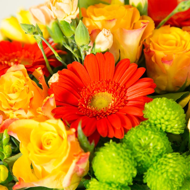 Brass e de fleurs aux couleurs chaudes et p tillantes for Bouquet de fleurs orange et jaune